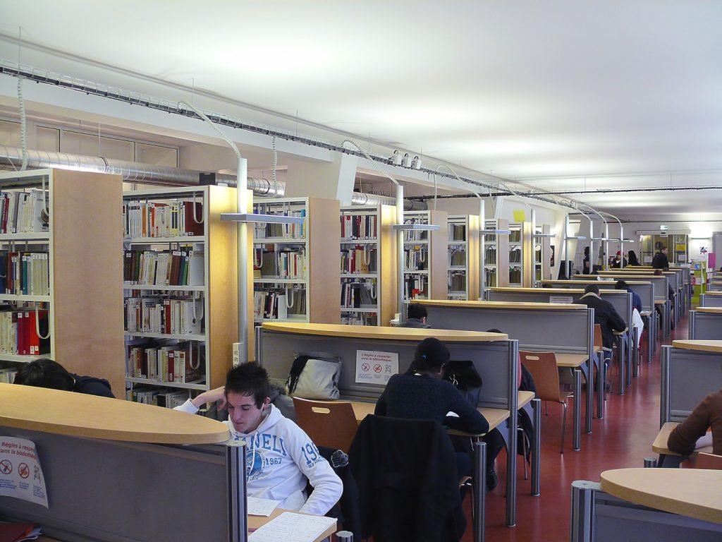 bibiliothèque-salle-lecture-1-BD